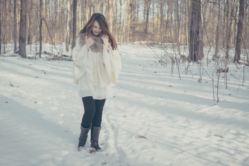 winter white style via Rebecca-Jacobs.com-3.jpg