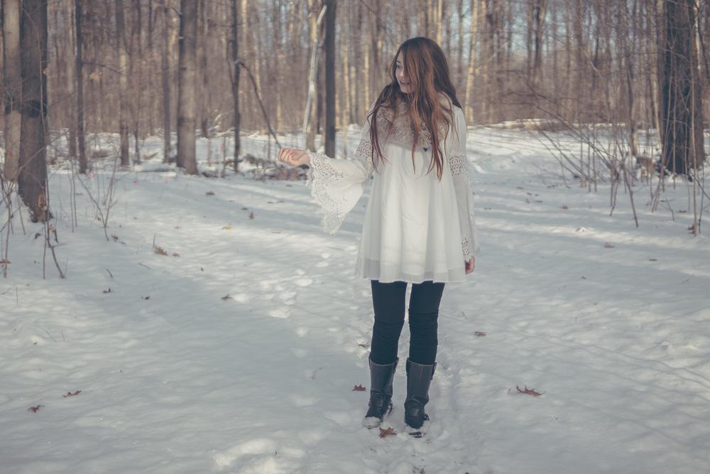 winter white style via Rebecca-Jacobs.com-6.jpg