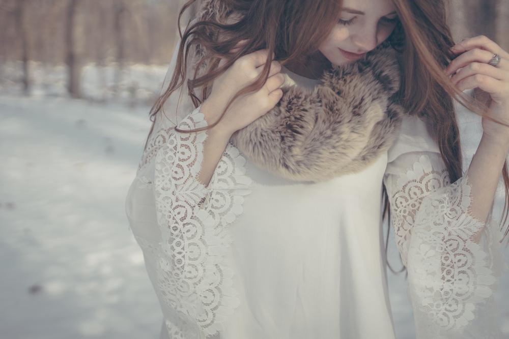 winter white style via Rebecca-Jacobs.com-9.jpg