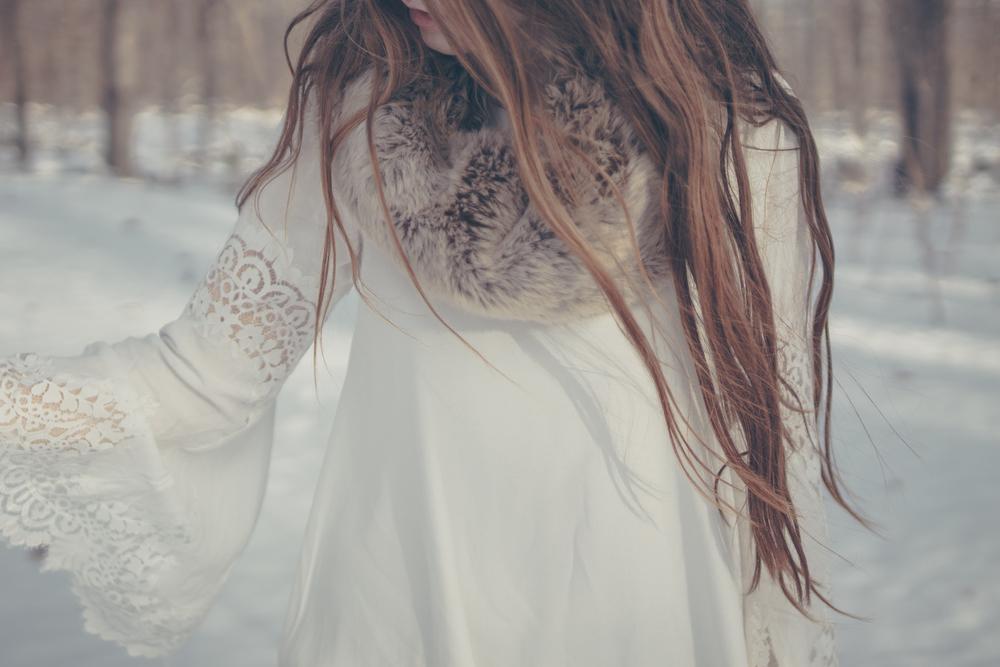winter white style via Rebecca-Jacobs.com-10.jpg