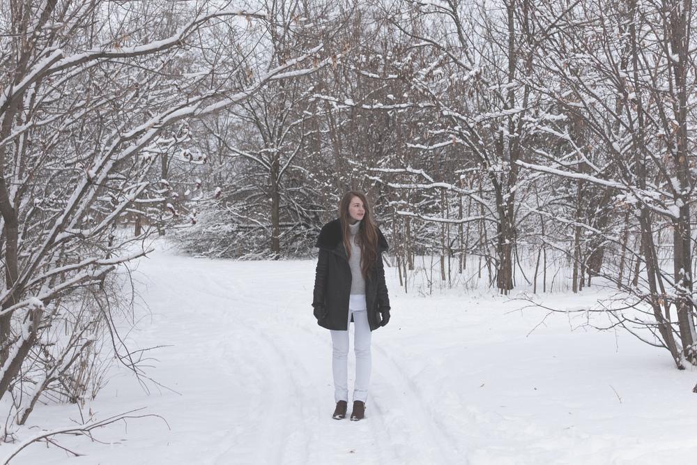 winter white style via Rebecca-Jacobs.com-1.jpg