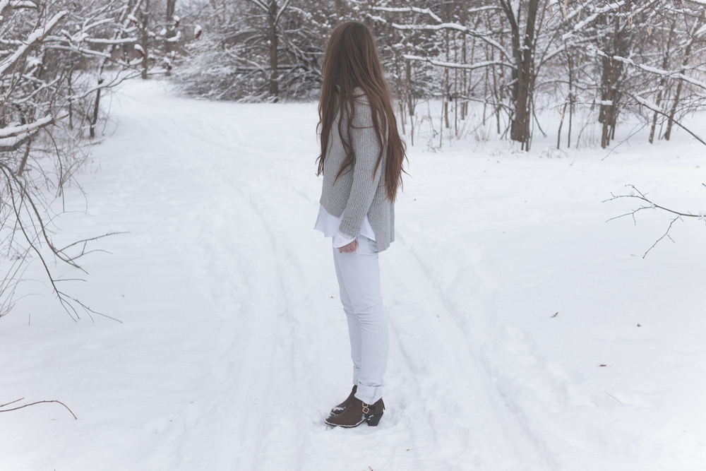 winter white style via Rebecca-Jacobs.com-5.jpg