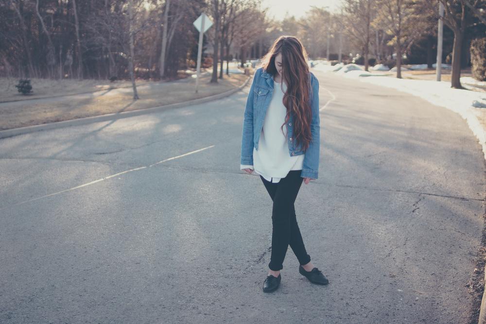 denim jacket via Rebecca-Jacobs.com-10.jpg