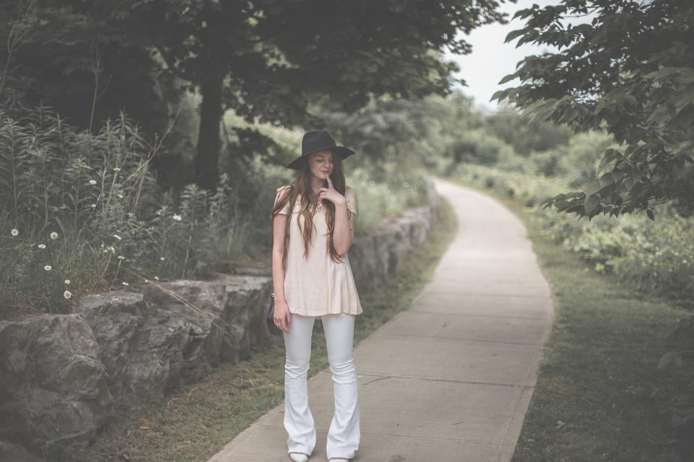 beautiful outfit photos via Rebecca-Jacobs.com-10.jpg