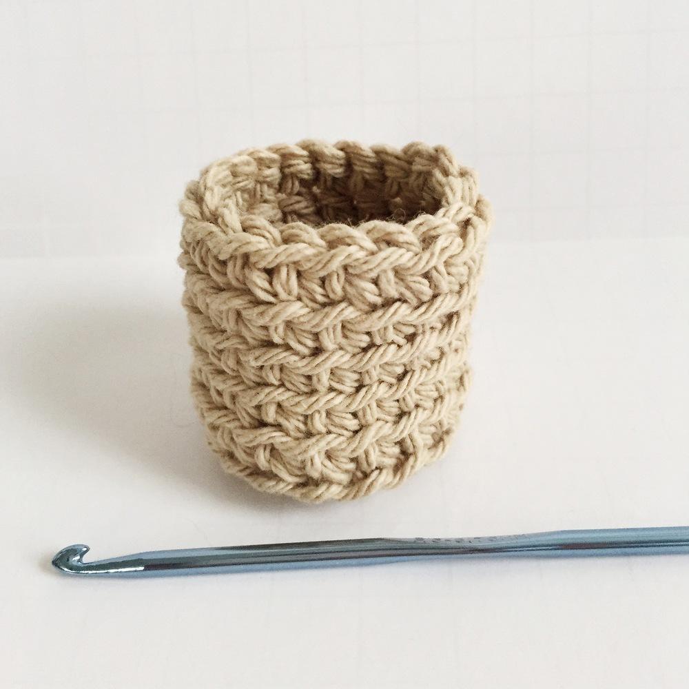 crochet holder