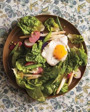 butter-lettuce-salad-md110878_vert.jpg