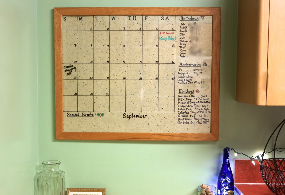 Diy Magnetic Whiteboard Calendar : Easy diy dry erase calendar — this pretty nest