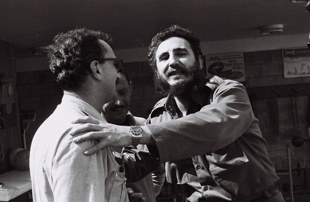 Castro on his apartment terrace with Giangiacomo Feltrinelle