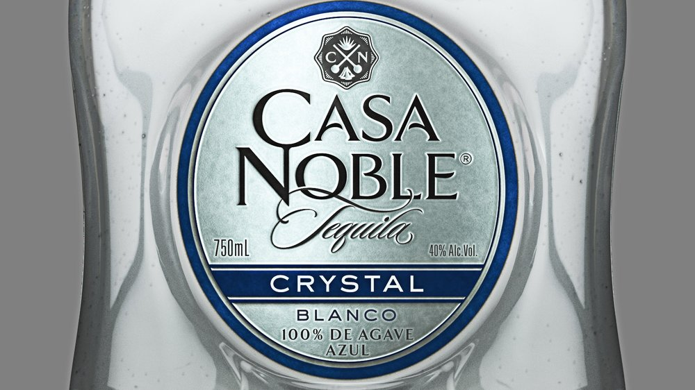 CASA NOBLE TEQUILA - PRODUCT VISUALIZATION