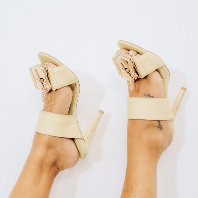 Happy Sunday from Mifani to you #mifani #heels  #womensfashion #womensshoes #getthelook #fashionista #fashionstyle #fashionlover #style #stylist #ootd #mules #shoesporn #shoesoftheday #instastyle #shoesaddict #footwear #stylediaries #potd #fblogger #fashionblogger