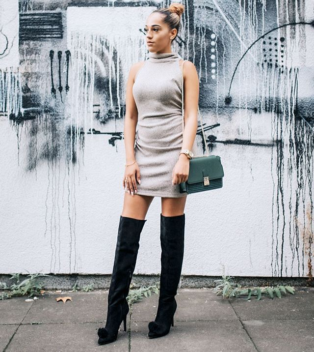 Knee High boots 😍 best trend to come out this year #mifani #boots  #womensfashion #womensshoes #getthelook #fashionista #fashionstyle #fashionlover #style #stylist #ootd #mules #shoesporn #shoesoftheday #instastyle #shoesaddict #footwear #stylediaries #potd #fblogger #fashionblogger