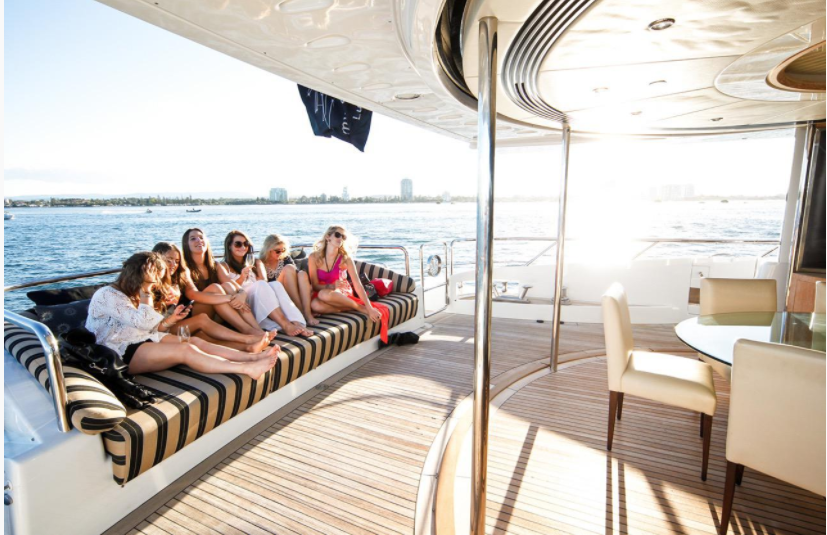 Image Ref: AOC Seven Star Yacht Cruise