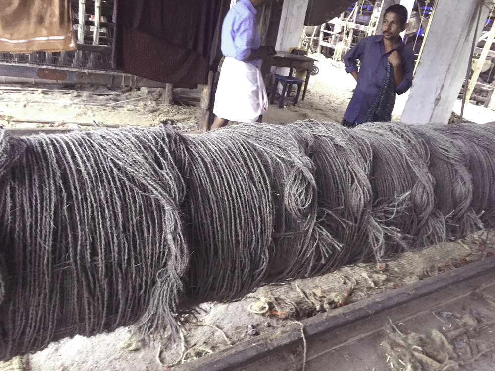 Concrete Coir rolling of the loom in India
