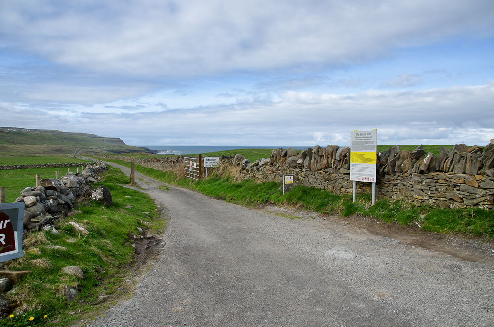 The trail head near Doolin.