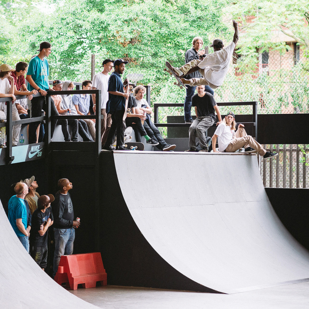 _IHC3344e-NikeSB-London-Am-BaySixty6-2014-Photographer-Maksim-Kalanep.jpg