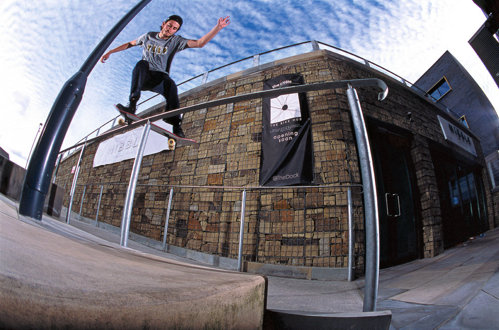 BS Feeble Grind - Photo: Graham Tait