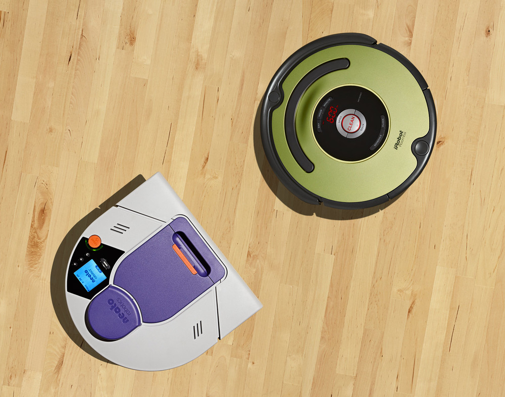 iRobot-Roomba-&-neato-robotics.jpg