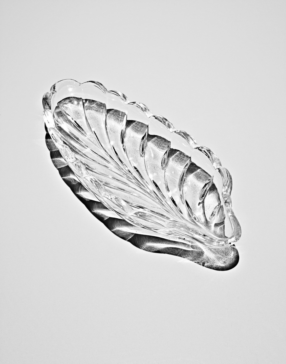 Glass-Leaf-1.jpg