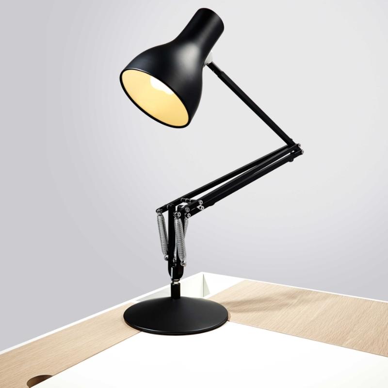 Angleposie-Lamp.jpg
