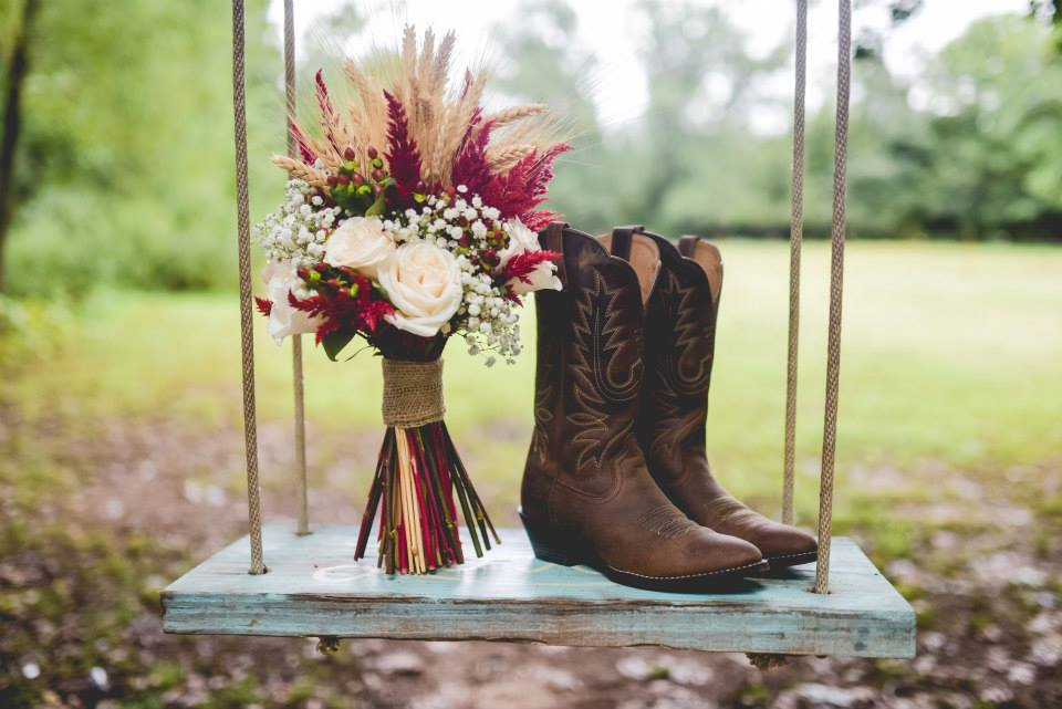 The Kindred Collective . Every detail from  Jordon + Nick 's famous cranberry + wheat wedding was perfectly fall! I'm still crazy about this bouquet.