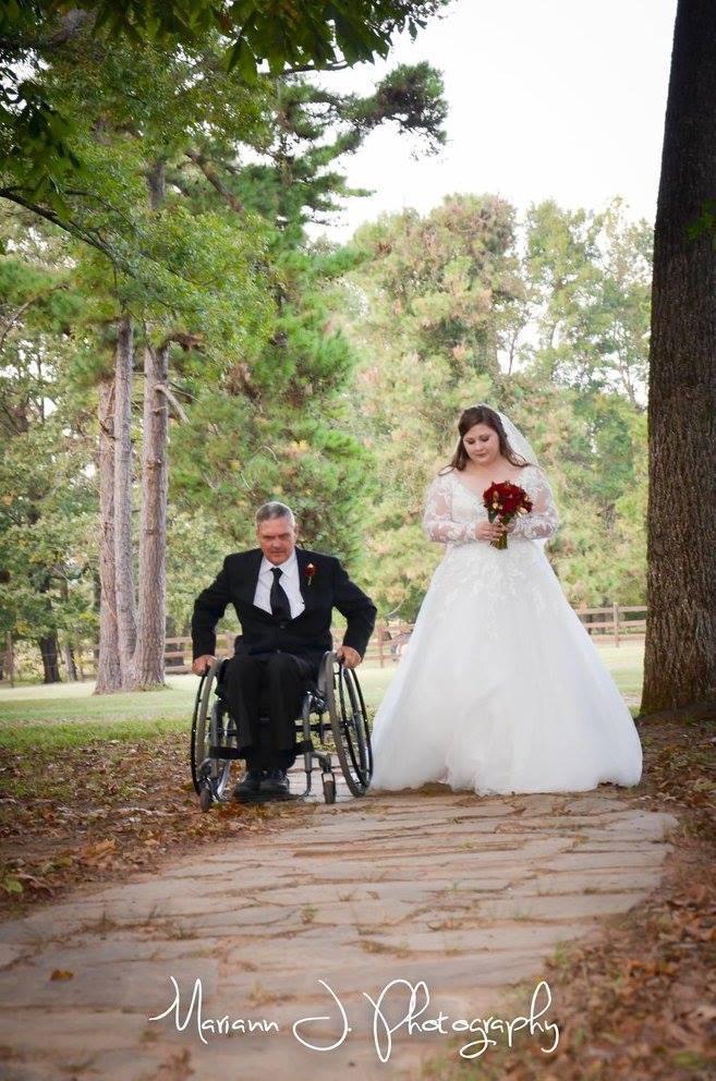 Mariann J. Photography , from  Destiny + Dalton 's wedding