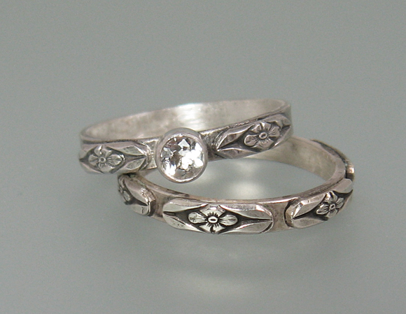 Vintage Floral Wedding Ring Set