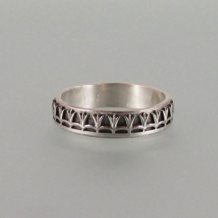 tulip crown wedding band in sterling silver