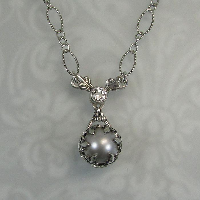 Fleur-de-Lis Dove Gray Pearl Pendant Necklace