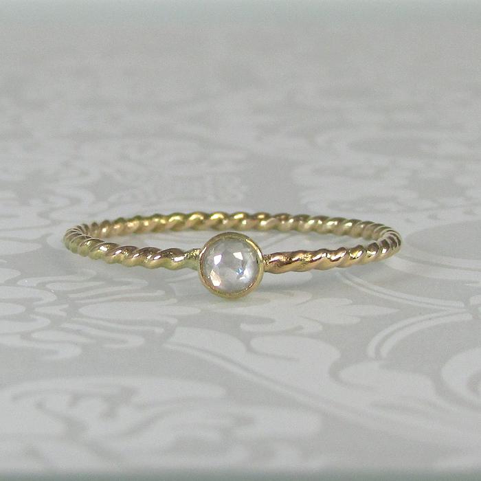 Rose Cut Diamond Starlight Ring in 14kt Gold
