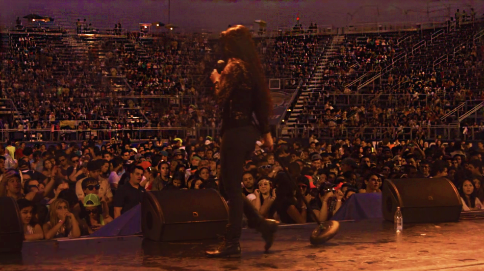 Kat Lane performing for 10,000 fans at  FIU Panthermonium.