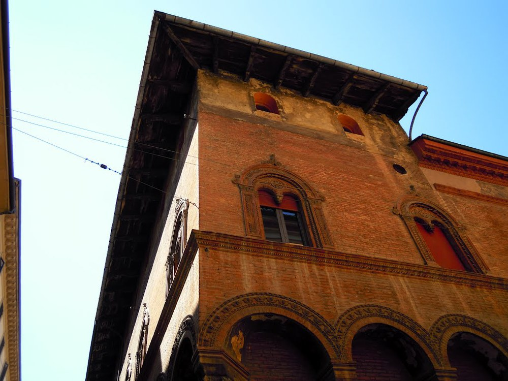 House Berò (Carracci) in Bologna, corner
