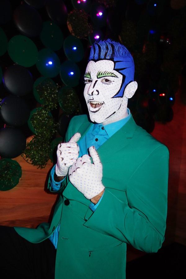 Blue-Roy_1101_sm.JPG