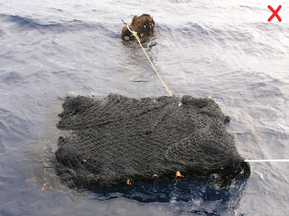 Don't use loosely wrapped rafts because they pose an entanglement hazard. Instead, choose small-mesh or non-mesh fabric and tightly wrap it around the raft. (Photo: FADIO/IRD-Ifremer/M. Taquet)