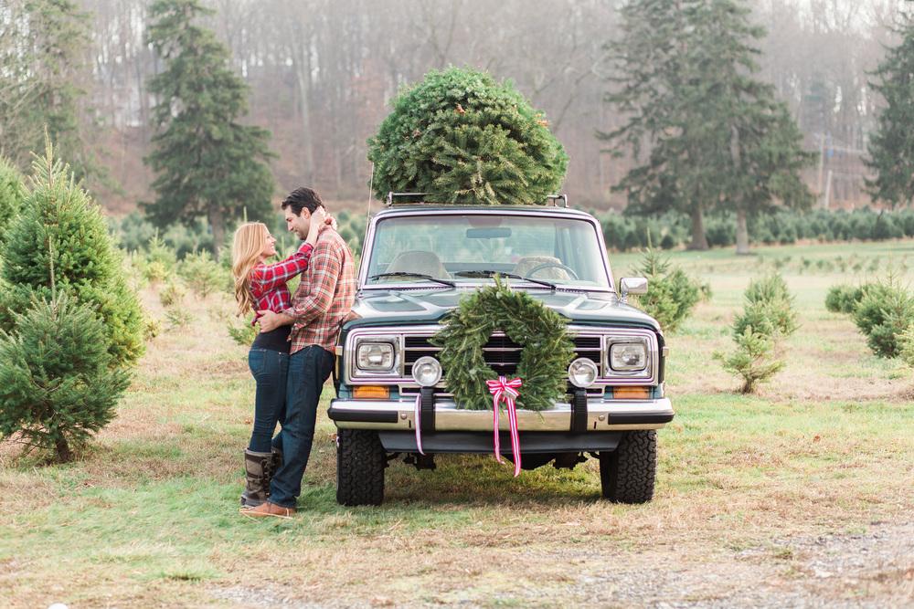 Hudson-Nichols-Christmas-Tree-Farm-Wagoneer-Engagement058.jpg
