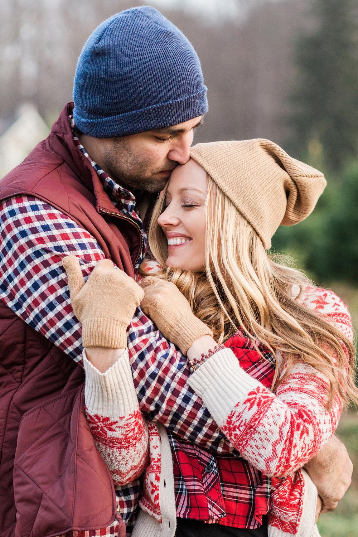Hudson-Nichols-Christmas-Tree-Farm-Wagoneer-Engagement092.jpg