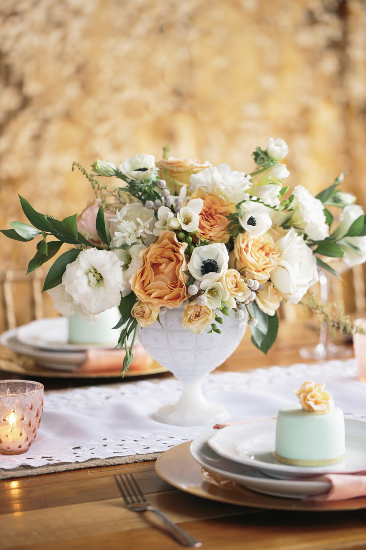 HNP_Opera-Delaware-Peach-Emerald-Wedding-Styled-Shoot_037.jpg