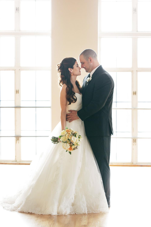 HNP_Opera-Delaware-Peach-Emerald-Wedding-Styled-Shoot_060.jpg