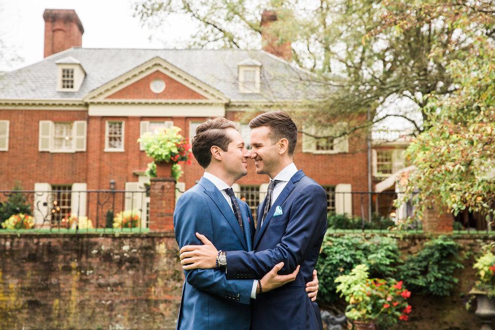015Hudson-Nichols-Mark-Nick-Gay-Wedding-Same-Sex-Marriage-Brantwyn-Estate.jpg