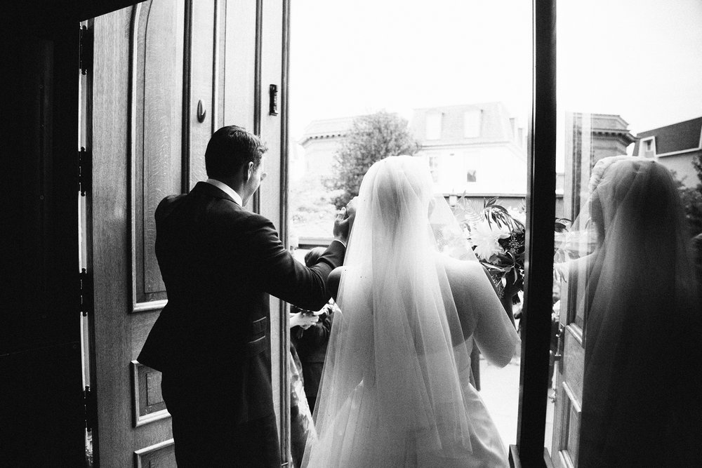 23-Hudson-Nichols-Congress-Hall-Classic-Preppy-Cape-May-Wedding.jpg