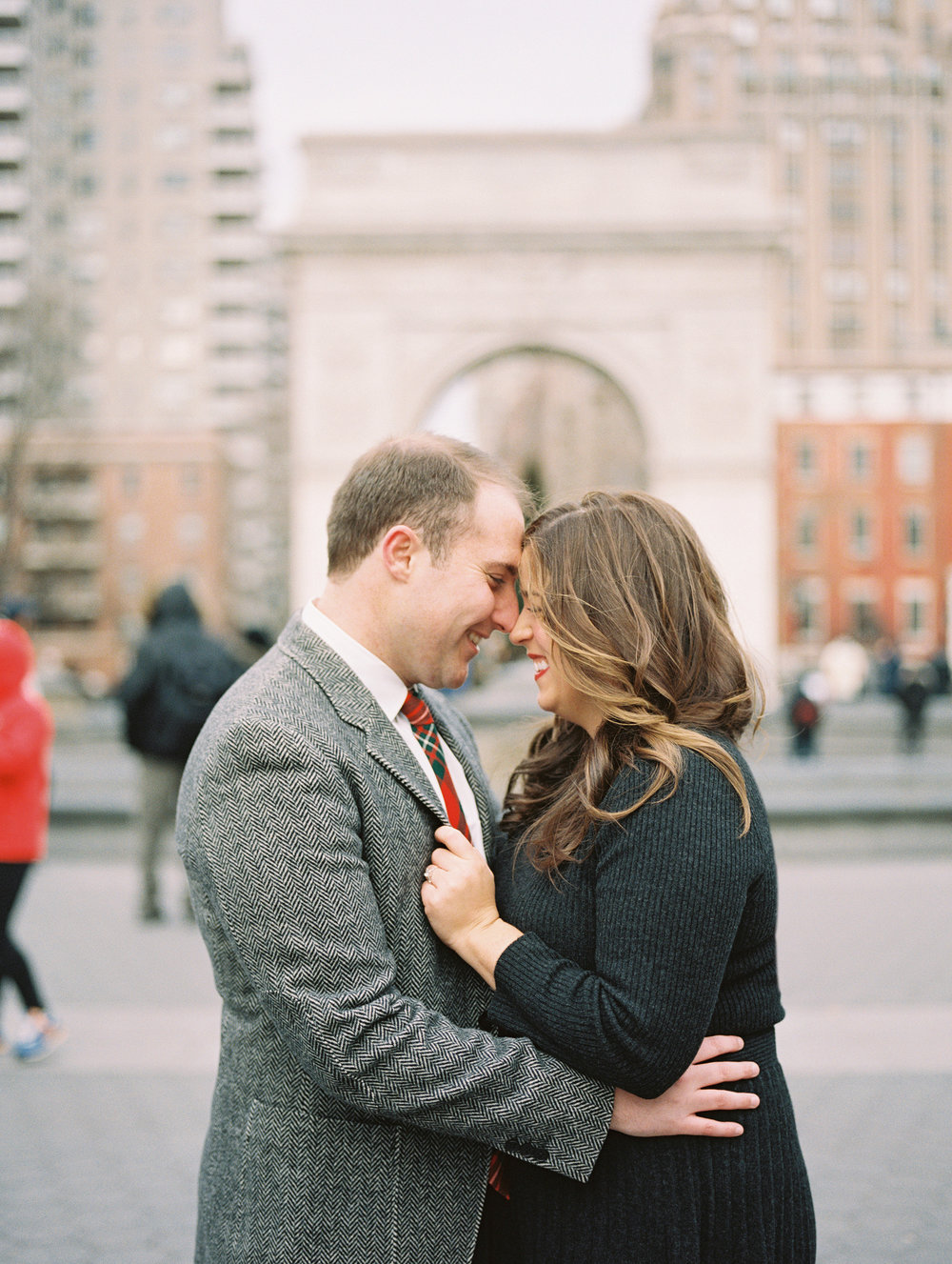 Hudson-Nichols-New-York-City-Film-Photography-NYC-Washington-Square-Park-Engagement_003.jpg