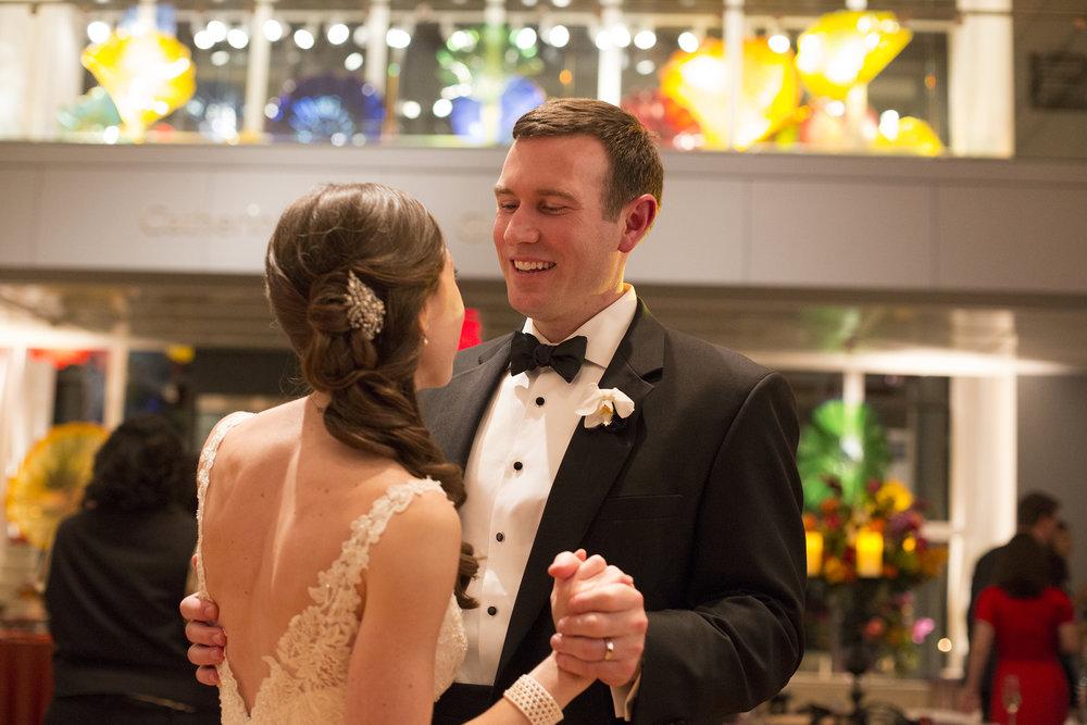 Nemours-Delaware-Art-Museum-Fine-Art-Film-Wedding-Photographer-53.jpg