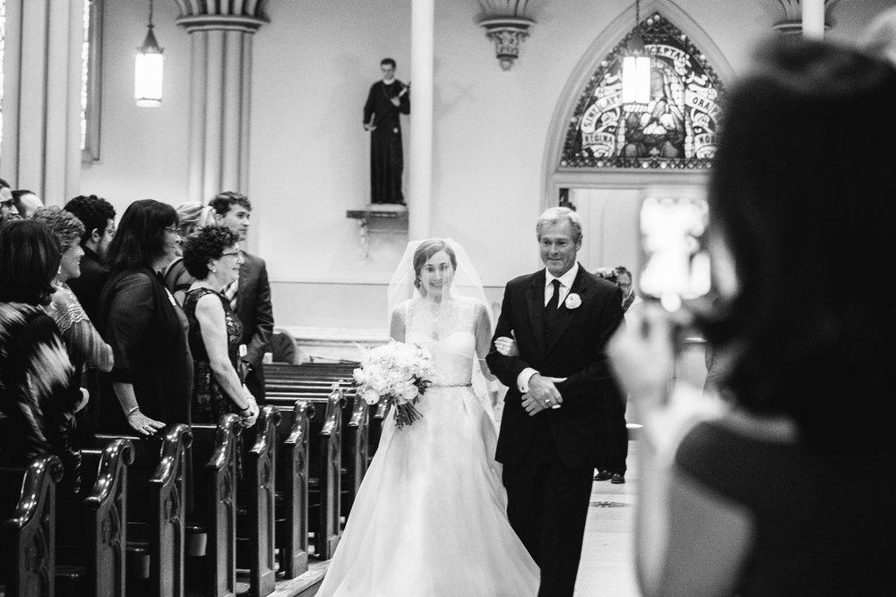 010-MA17_St-Marys-Catholic-Church-Annapolis-Wedding.jpg