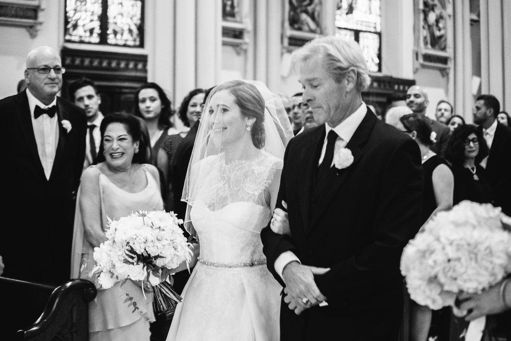 014-MA17_St-Marys-Catholic-Church-Annapolis-Wedding.jpg