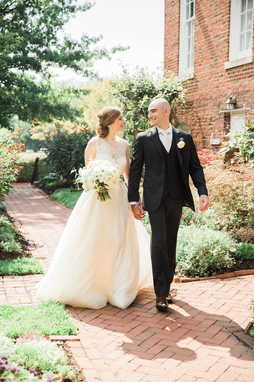 048-MA17_St-Marys-Catholic-Church-Annapolis-Wedding.jpg