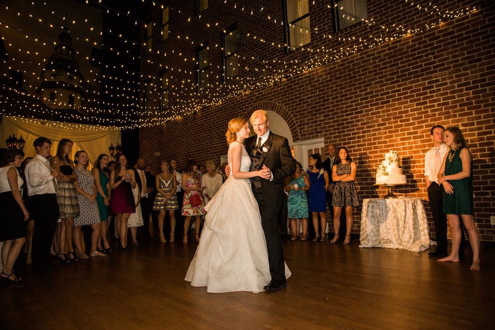117-Governor-Calvert-Annapolis-Maryland-Wedding-MA17.jpg