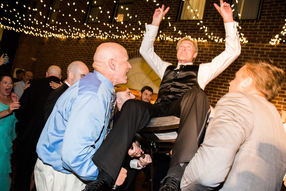 125-Governor-Calvert-Annapolis-Maryland-Wedding-MA17.jpg