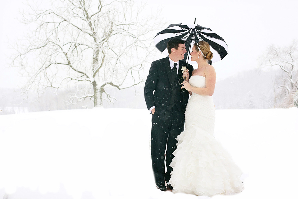Radnor-Hunt-Club-Winter-Wedding-Philadelphia-Weddings-Magazine001.jpg