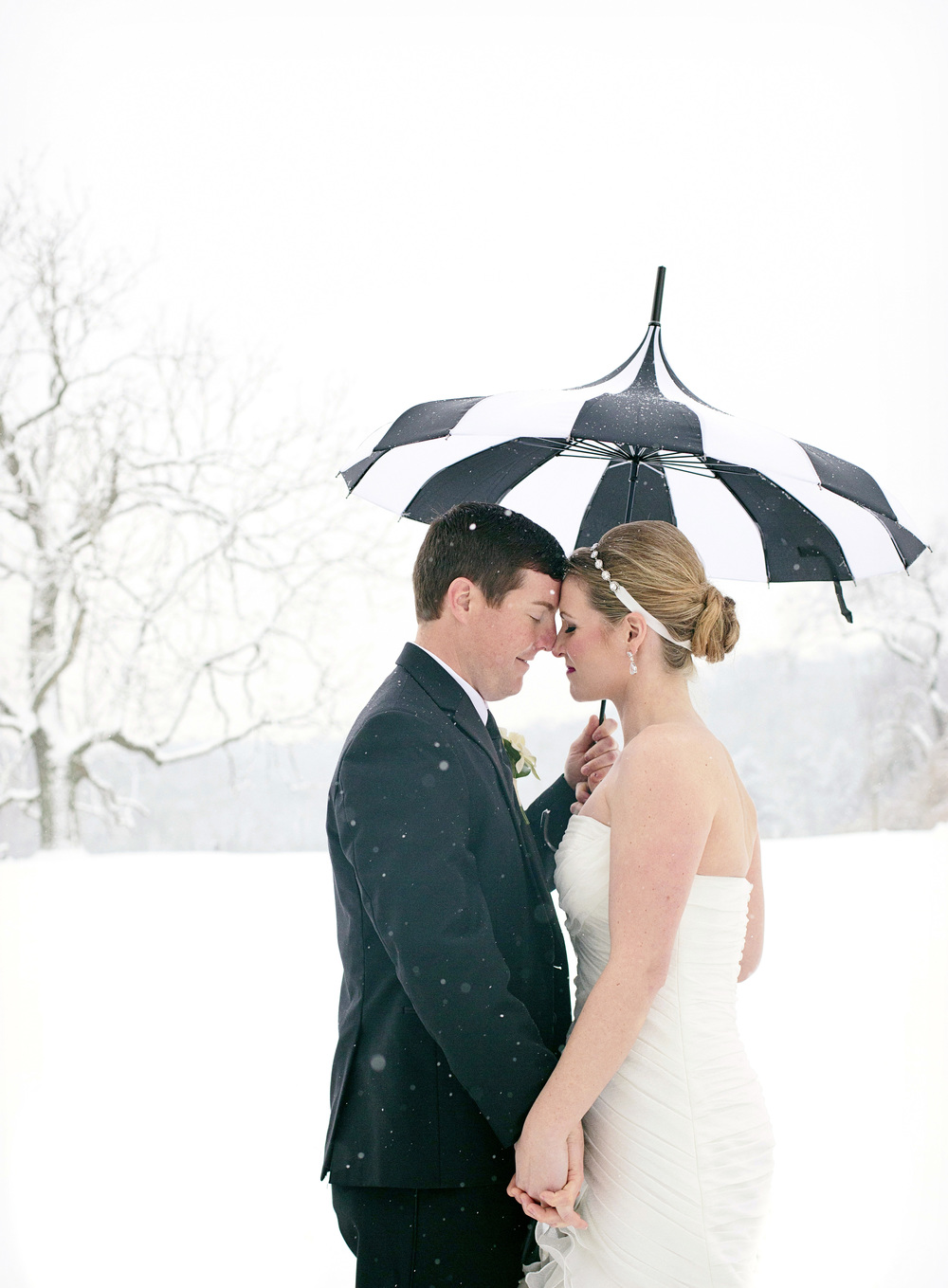 Radnor-Hunt-Club-Winter-Wedding-Philadelphia-Weddings-Magazine042.jpg