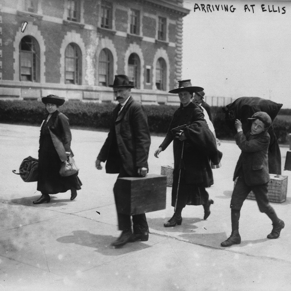 European immigrants arriving at Ellis Island, 1915