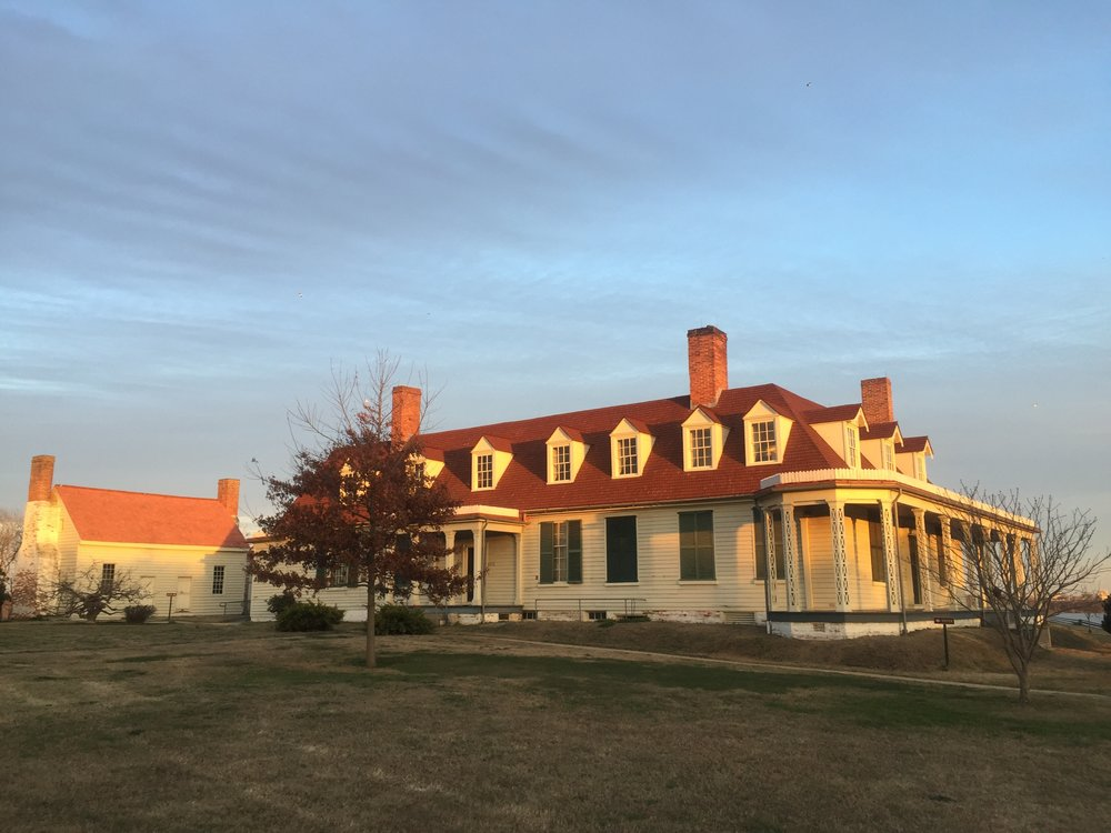 Appomattox Manor topher1.JPG